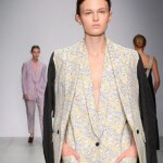 Eudon Choi merges the masculine and the feminine at LFW 2014
